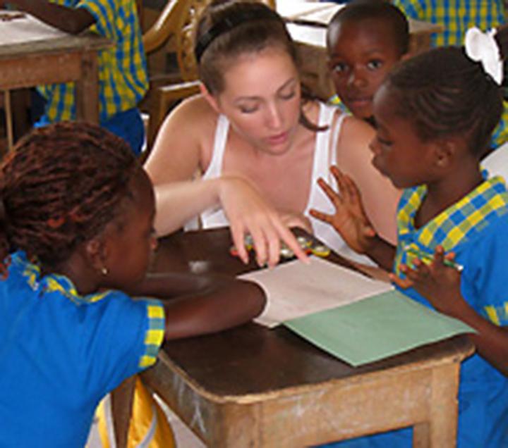 volunteer-teaching